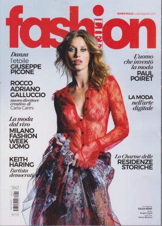 Fashion Life - n. 11 - mensile- luglio - agosto 2021
