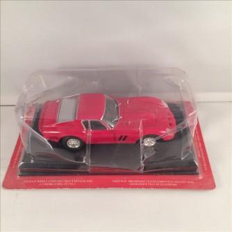 Modellino Ferrari 250 GTO - 1962 - scala 1:43 + fascicolo - Fabbri editore