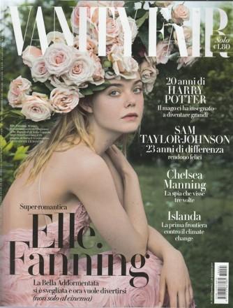 "Vanity Fair  - settimanale n. 25 - 28 giugno 2017 ""Elle Fanning, 19 anni"""