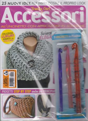 Punti e  Spunti - Trendy Girl speciale Accessori - n. 64 - mensile - + 3 uncinetti in plastica