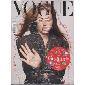 Vogue Italia - n. 843 - Dicembre 2020 - mensile