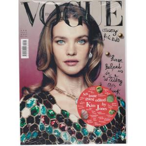 Vogue Italia - n. 847 -Aprile  2021 -  mensile