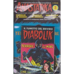 Diabolik + Anastatika - n. 7  del 1963-Terrore sul mare - settimanale