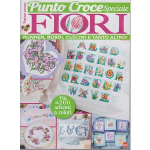 I Love punto croce speciale fiori  - n. 3 - bimestrale -giugno - luglio 2021