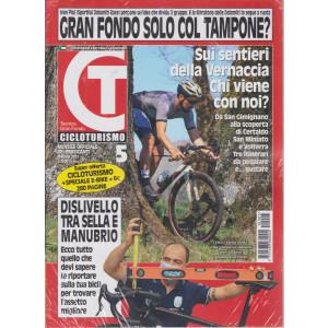 Cicloturismo - n. 5 - mensile - maggio  2021 + La guida delle e bike - 2 riviste