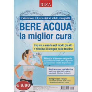 Dimagrire - Bere acqua la miglior cura - n. 233 -settembre 2021
