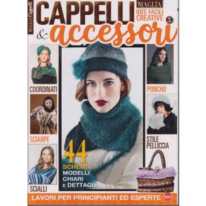 La nuova maglia -  Cappelli & accessori - n. 3 - bimestrale - ottobre - novembre 2021 -