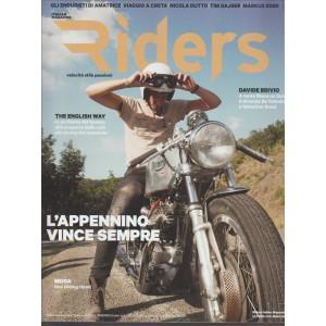 RIDERS Italian Magazine  velocità stile passioni - mensile n. 96 Ottobre 2016