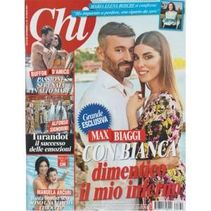 CHI -settimanale n.31- 19 Luglio 2017- Max Biaggi con Bianca dimentico l'inferno