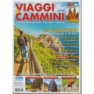 Viaggi e Cammini - trimestrale n.1(anno 1) - Agosto 2018 Santiago de Compostela