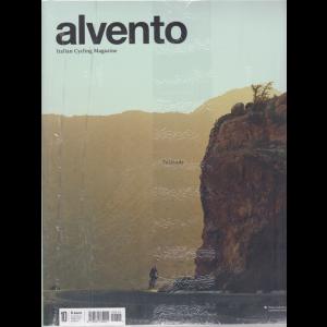 Al Vento - +Bike 2020 - n. 10 - bimestrale - maggio 2020 - 2 riviste