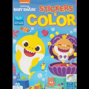 Baby Shark stickers e colori - n. 2 - giugno - luglio 2020 - bimestrale