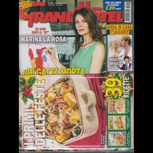 Grand Hotel + il libro di cucina I primi delle feste - n. 48 - settimanale - 20 novembre 2020 - 2 riviste