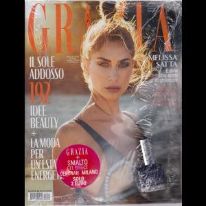 Grazia  - n. 24 - settimanale - giugno 2019 - + smalto gel effect Deborah Milano -