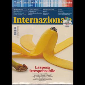 Internazionale - n. 1326 - 27 settembre - 3 ottobre 2019 - settimanale - 2 riviste