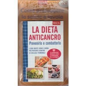 """La Dieta Anticancro """"prevenirlo e combaterlo"""" edizone RIZA"""